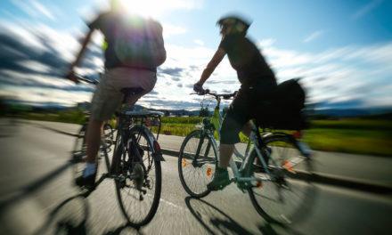 Radfahren im Sommer: 10 Tipps für Fahrspaß trotz Hitze